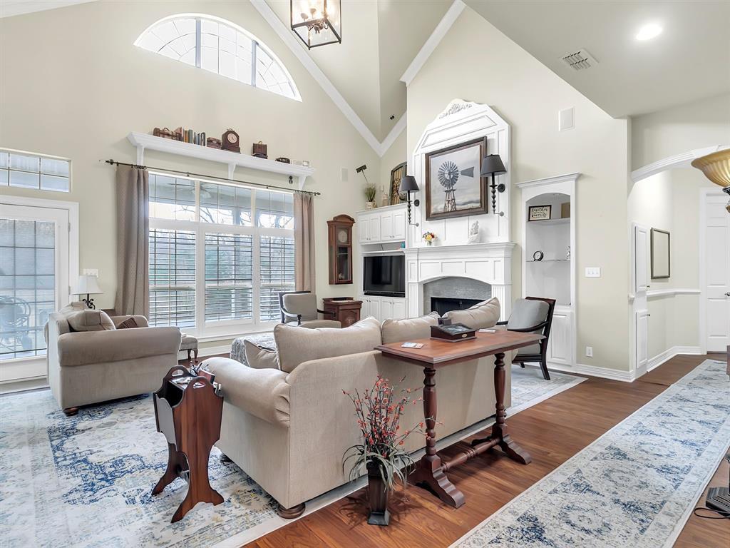 22 Whispering Oaks Drive, Denison, Texas 75020 - acquisto real estate best relocation company in america katy mcgillen