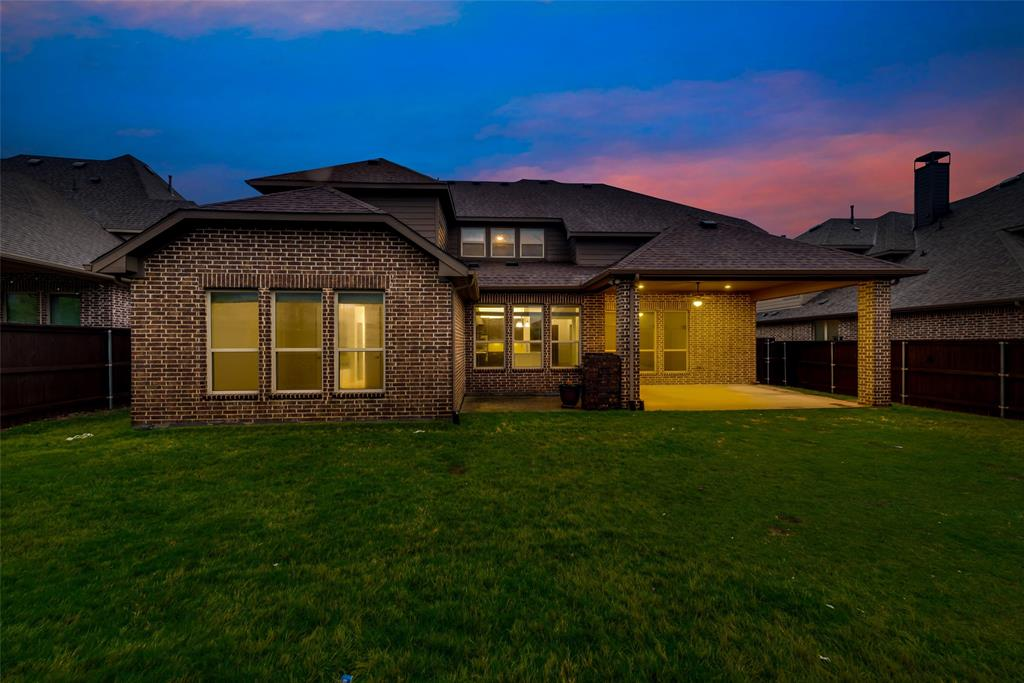 1024 Holston Hills  Trail, Roanoke, Texas 76262 - acquisto real estate agent of the year mike shepherd