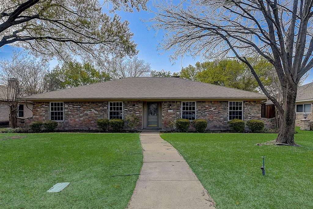 1810 Vassar Drive, Richardson, Texas 75081 - Acquisto Real Estate best plano realtor mike Shepherd home owners association expert