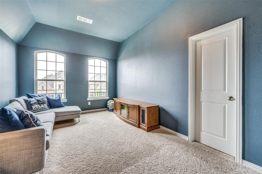 5640 Lightfoot  Lane, Frisco, Texas 75036 - acquisto real estaet best boutique real estate firm in texas for high net worth sellers