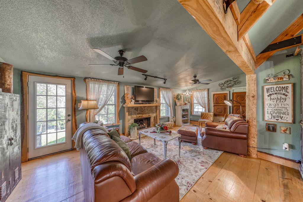 890 Tanglewood Drive, Brock, Texas 76087 - acquisto real estate best real estate company to work for