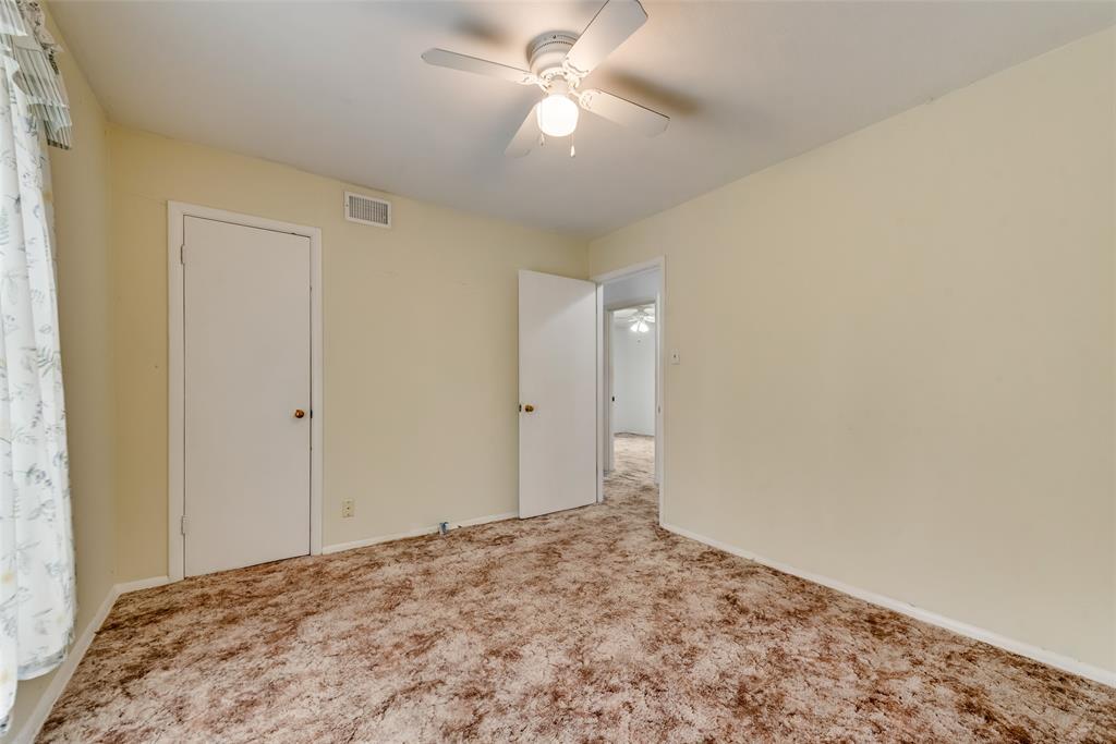 424 Hurstview Drive, Hurst, Texas 76053 - acquisto real estate best new home sales realtor linda miller executor real estate
