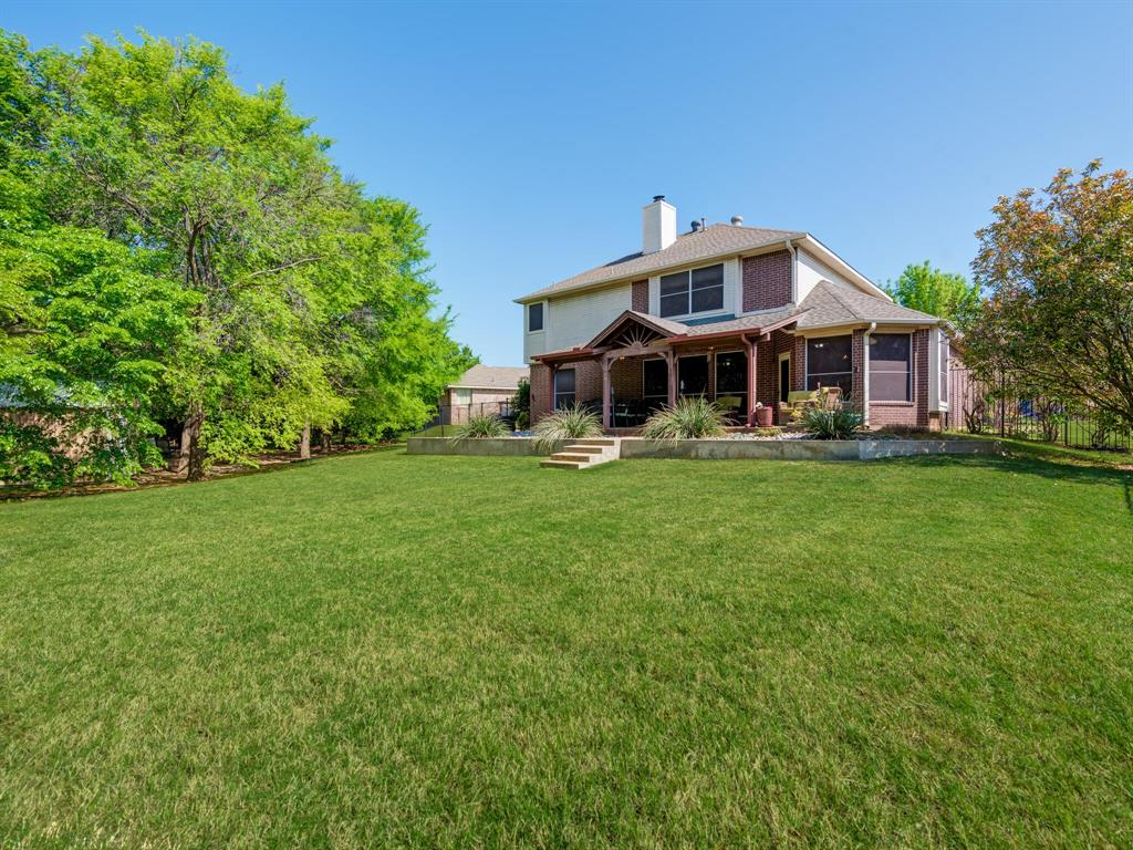311 Cottonwood  Trail, Shady Shores, Texas 76208 - acquisto real estate best luxury home specialist shana acquisto