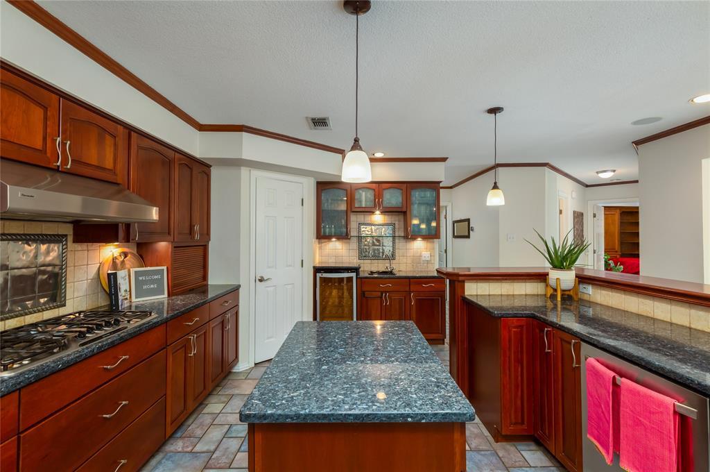 6804 Riverridge  Road, Fort Worth, Texas 76116 - acquisto real estate best listing listing agent in texas shana acquisto rich person realtor