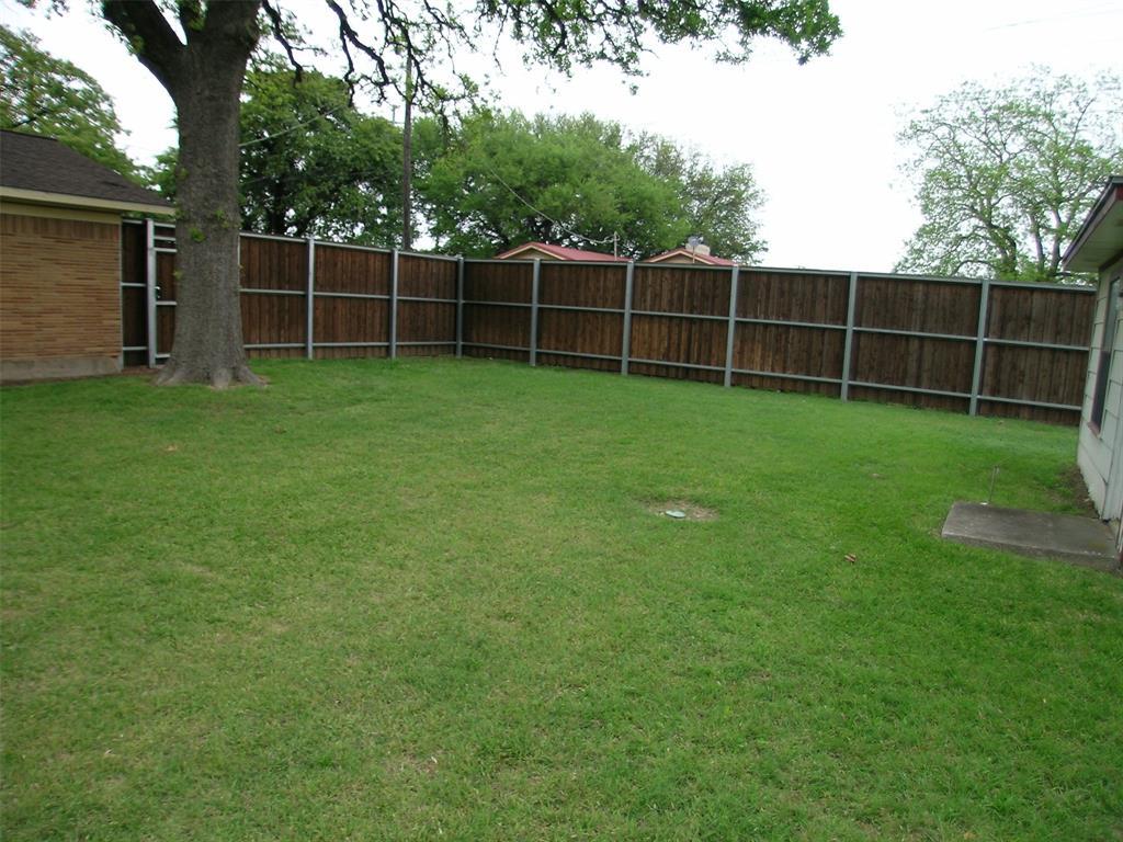 1617 Shady Grove  Road, Grand Prairie, Texas 75050 - acquisto real estate best highland park realtor amy gasperini fast real estate service