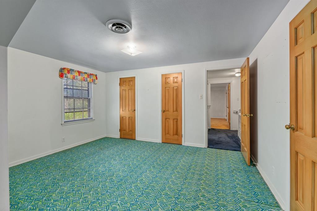 2428 Oakridge Street, Denton, Texas 76209 - acquisto real estate best listing agent in the nation shana acquisto estate realtor