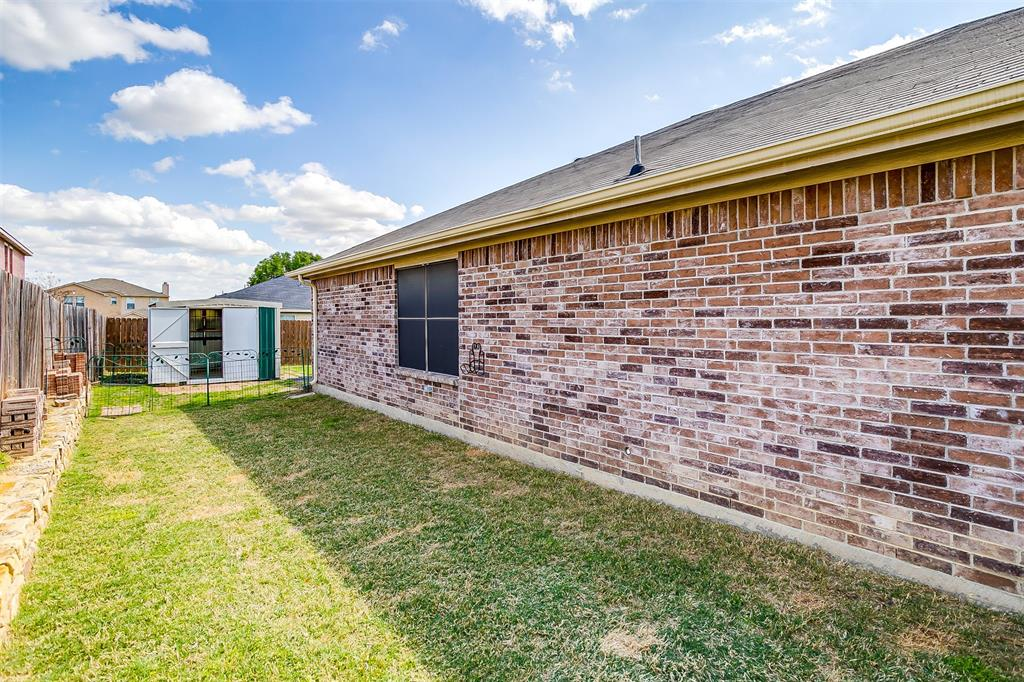 2529 Castle Pines Drive, Burleson, Texas 76028 - acquisto real estate agent of the year mike shepherd