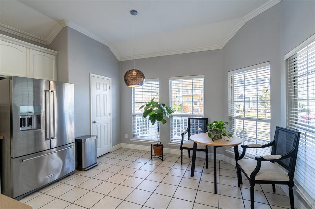 1700 Azalea Drive, Savannah, Texas 76227 - acquisto real estate best luxury buyers agent in texas shana acquisto inheritance realtor
