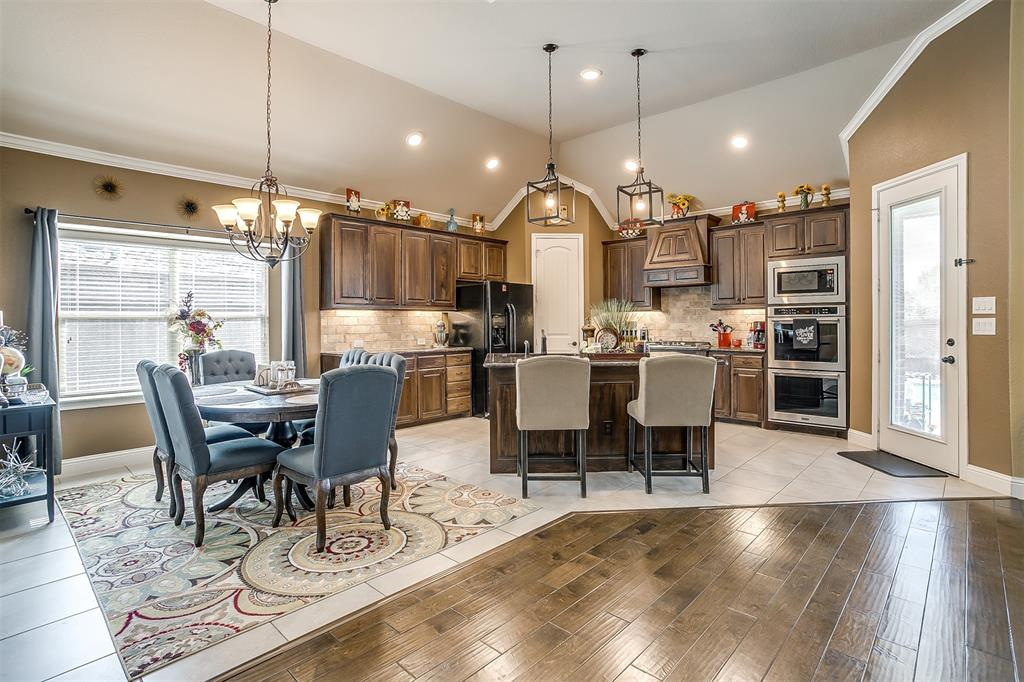 944 Merion Drive, Fort Worth, Texas 76028 - acquisto real estate best style realtor kim miller best real estate reviews dfw