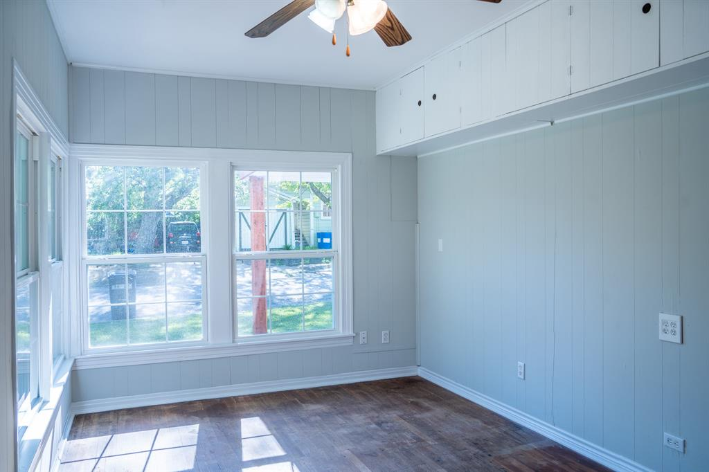 1101 Earl  Street, Commerce, Texas 75428 - acquisto real estate best listing photos hannah ewing mckinney real estate expert