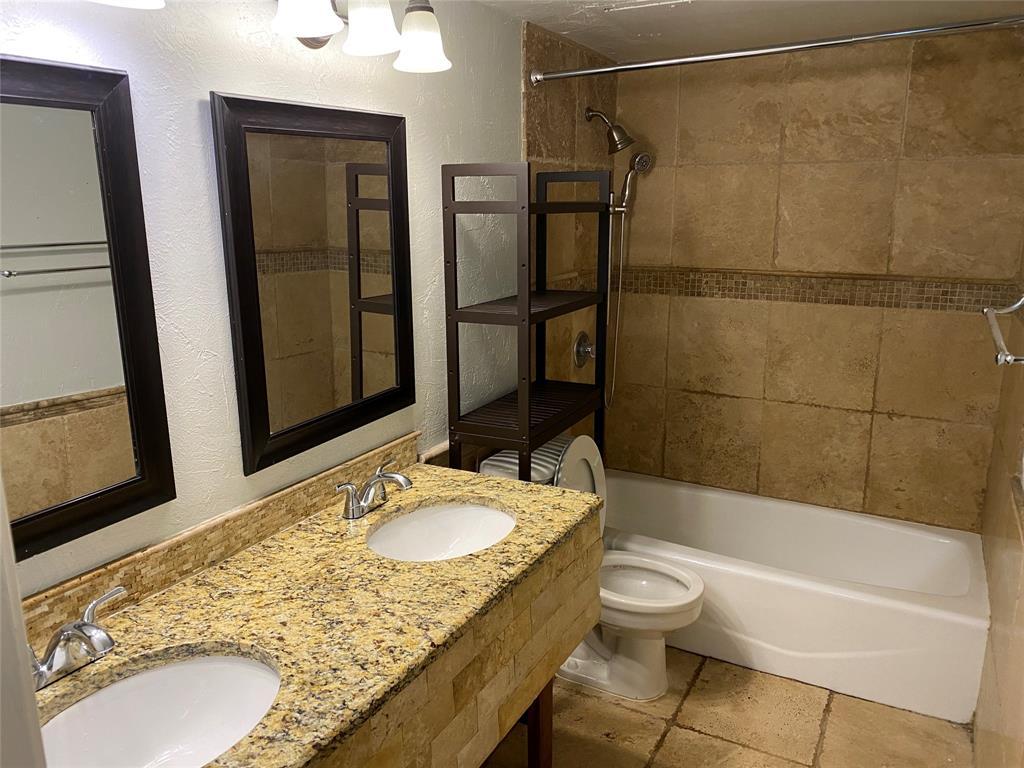 500 Willow Oak  Drive, Allen, Texas 75002 - acquisto real estate best celina realtor logan lawrence best dressed realtor