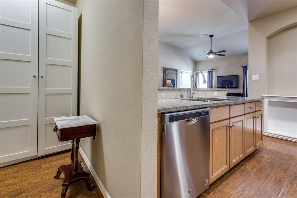 575 VIRGINIA HILLS  Drive, McKinney, Texas 75072 - acquisto real estate best real estate company to work for
