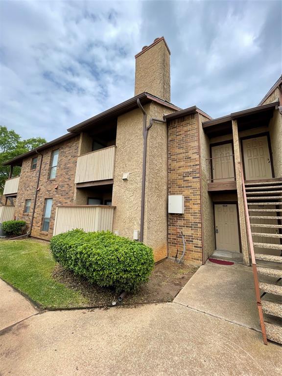 1200 Calico Lane, Arlington, Texas 76011 - Acquisto Real Estate best frisco realtor Amy Gasperini 1031 exchange expert