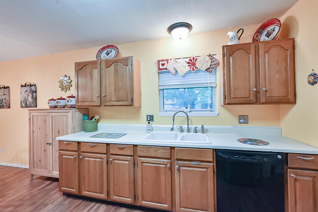 1206 Shelmar  Drive, Arlington, Texas 76014 - acquisto real estate best new home sales realtor linda miller executor real estate