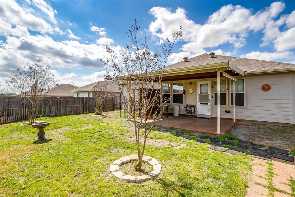 2529 Castle Pines Drive, Burleson, Texas 76028 - acquisto real estate nicest realtor in america shana acquisto