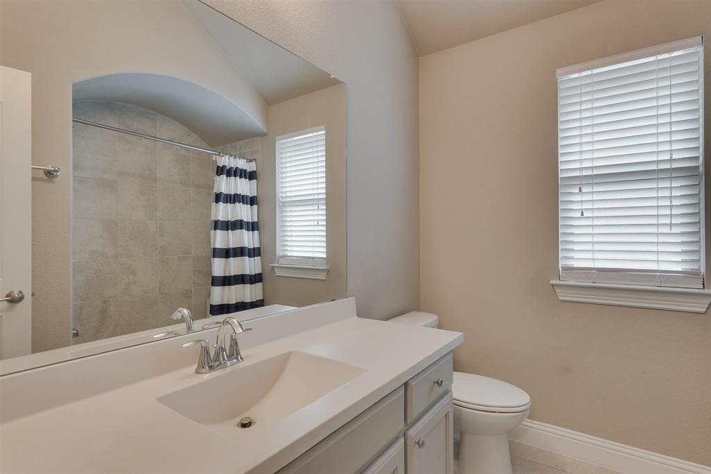 4434 Vineyard Creek Drive, Grapevine, Texas 76051 - acquisto real estate best park cities realtor kim miller best staging agent