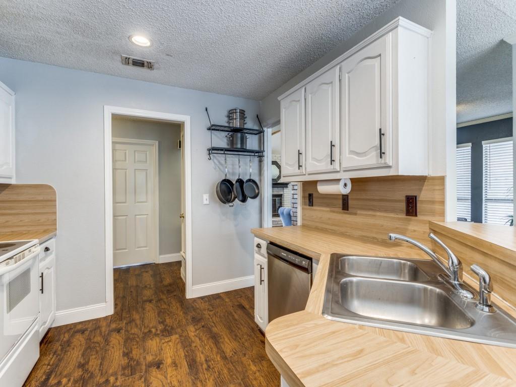2038 Greenstone  Trail, Carrollton, Texas 75010 - acquisto real estate best listing listing agent in texas shana acquisto rich person realtor