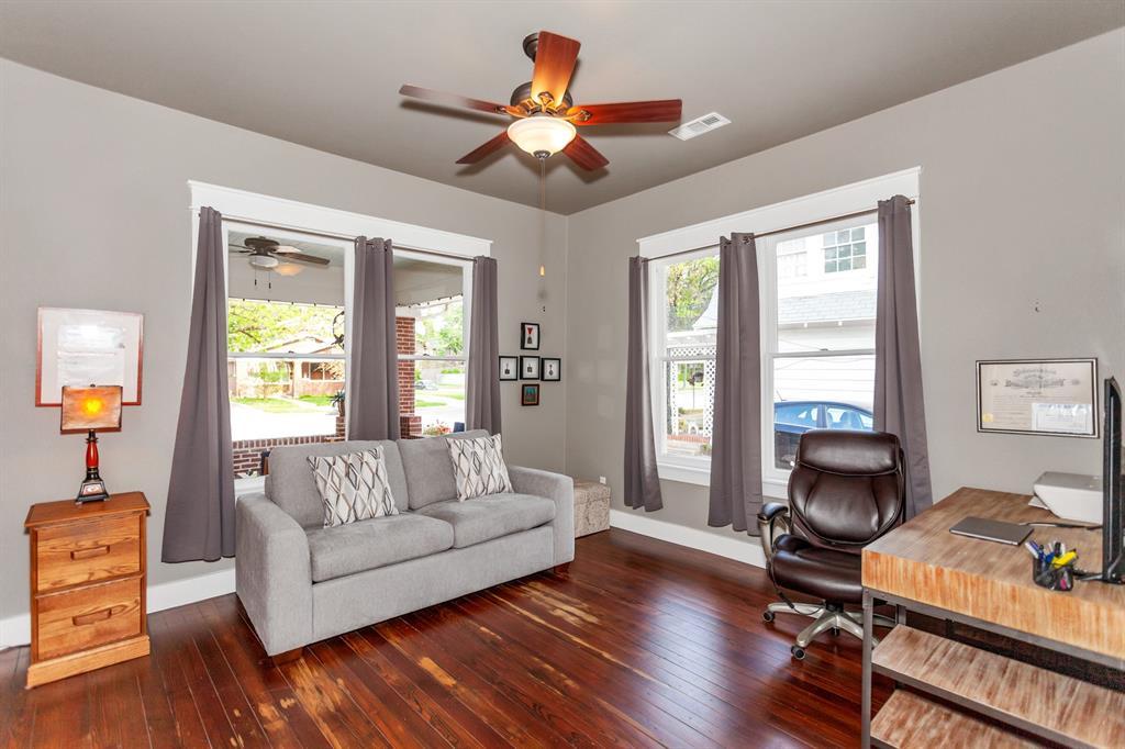 2260 Fairmount  Avenue, Fort Worth, Texas 76110 - acquisto real estate best luxury buyers agent in texas shana acquisto inheritance realtor