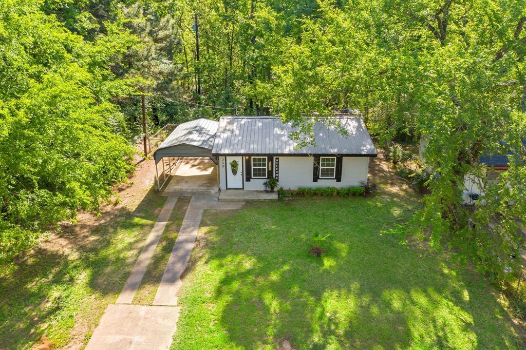 268 Crockett  Street, Lone Star, Texas 75668 - Acquisto Real Estate best plano realtor mike Shepherd home owners association expert