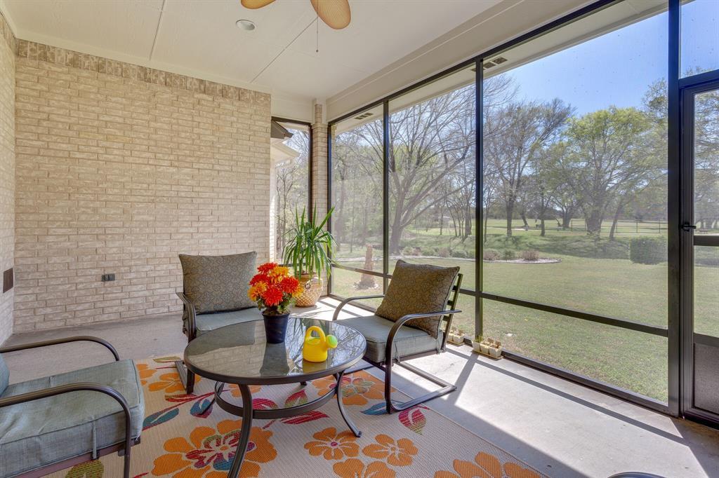 1809 Rockview  Drive, Granbury, Texas 76049 - acquisto real estate best listing photos hannah ewing mckinney real estate expert