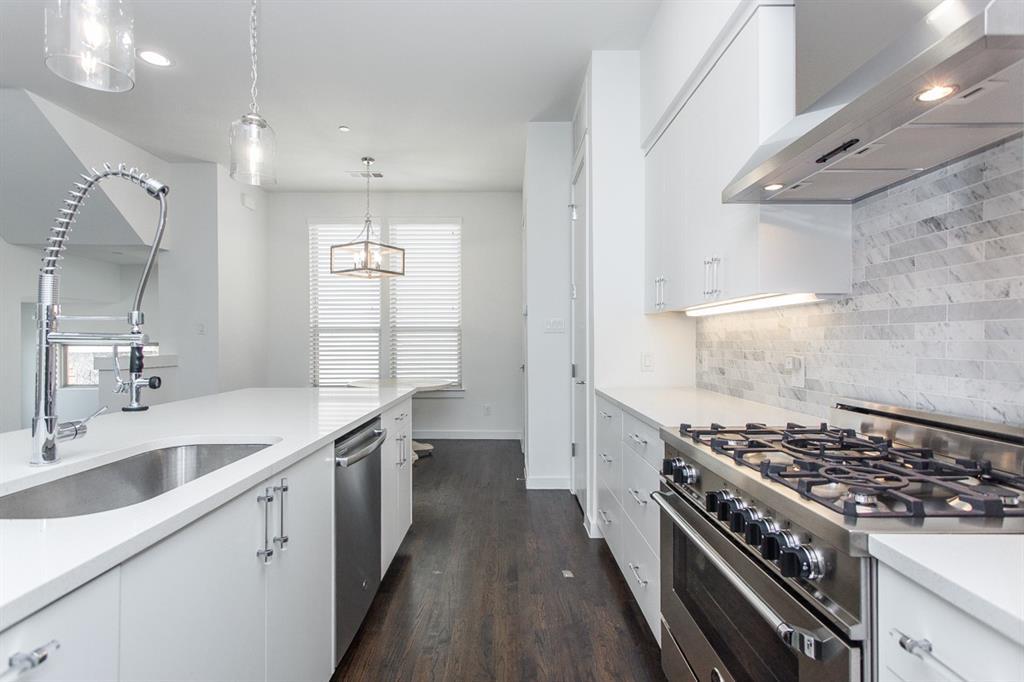 1910 Euclid  Avenue, Dallas, Texas 75206 - acquisto real estate best investor home specialist mike shepherd relocation expert