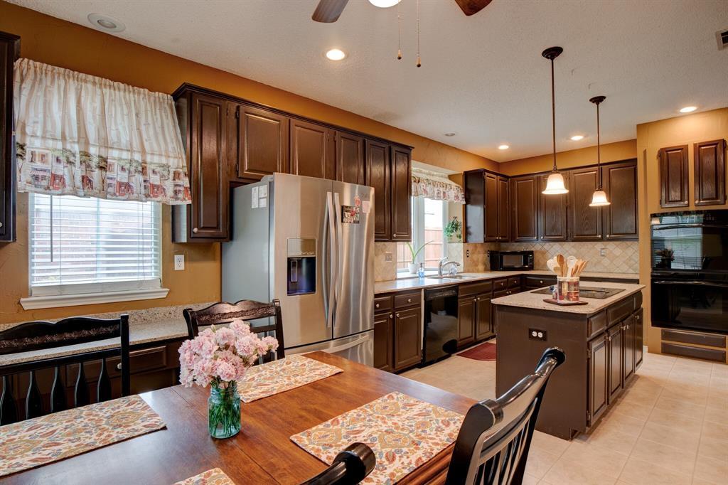 1809 Greenhaven  Lane, Grapevine, Texas 76051 - acquisto real estate best celina realtor logan lawrence best dressed realtor