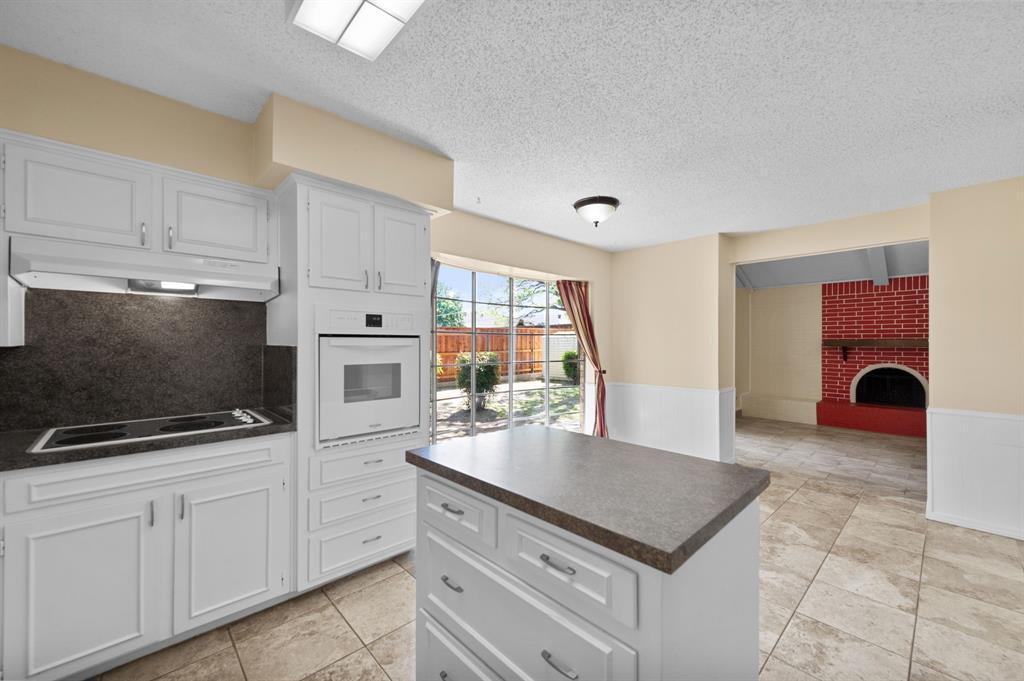 413 Salem  Drive, Hurst, Texas 76054 - acquisto real estate best new home sales realtor linda miller executor real estate