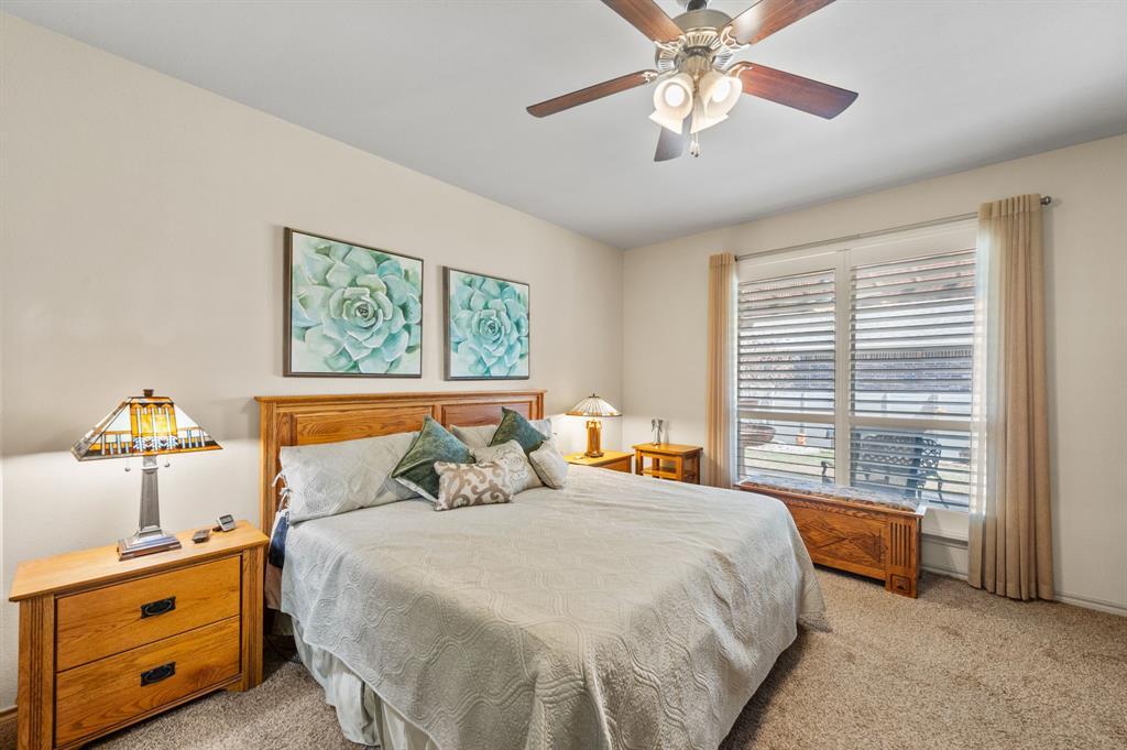 200 Oakmont Drive, Northlake, Texas 76226 - acquisto real estate best new home sales realtor linda miller executor real estate