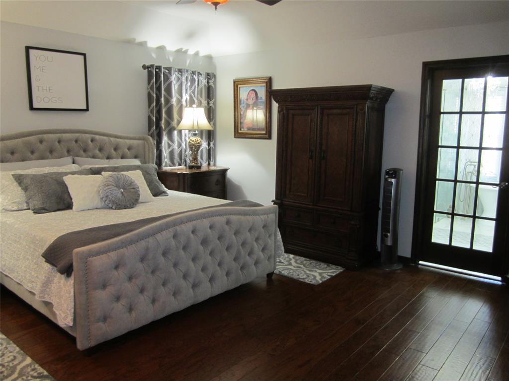 4904 Lake Side Circle, North Richland Hills, Texas 76180 - acquisto real estate best prosper realtor susan cancemi windfarms realtor