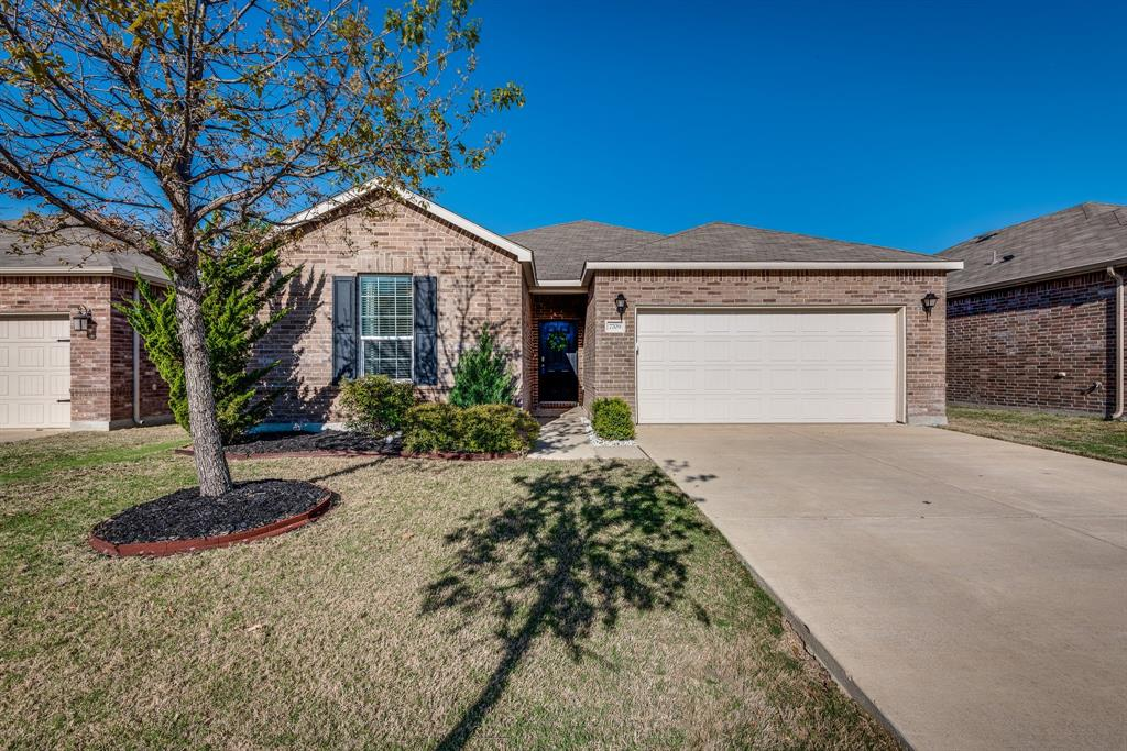 7709 Berrenda Drive, Fort Worth, Texas 76131 - acquisto real estate best looking realtor in america shana acquisto