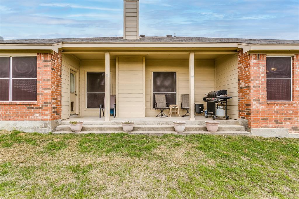 9301 Marie  Court, White Settlement, Texas 76108 - acquisto real estate best real estate follow up system katy mcgillen