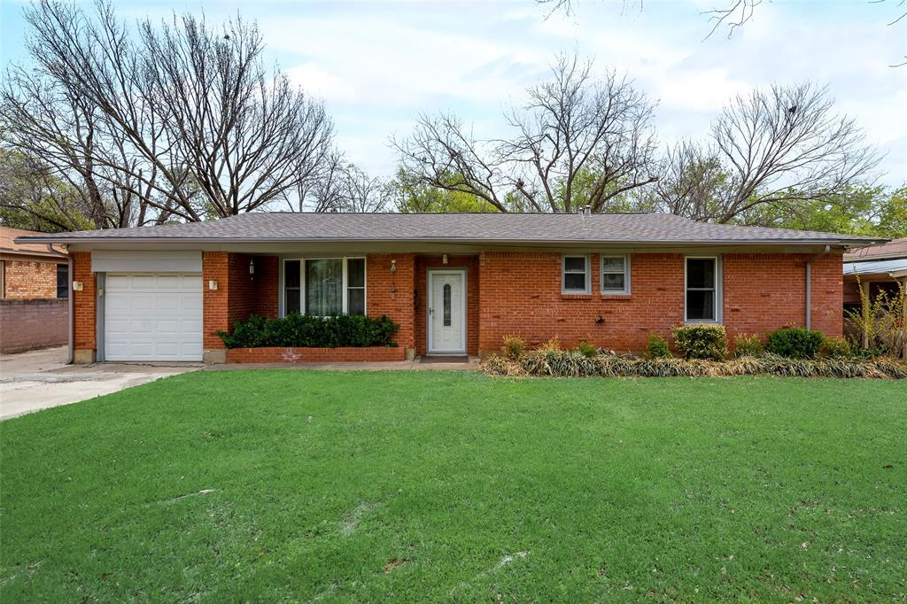 424 Hurstview Drive, Hurst, Texas 76053 - Acquisto Real Estate best mckinney realtor hannah ewing stonebridge ranch expert