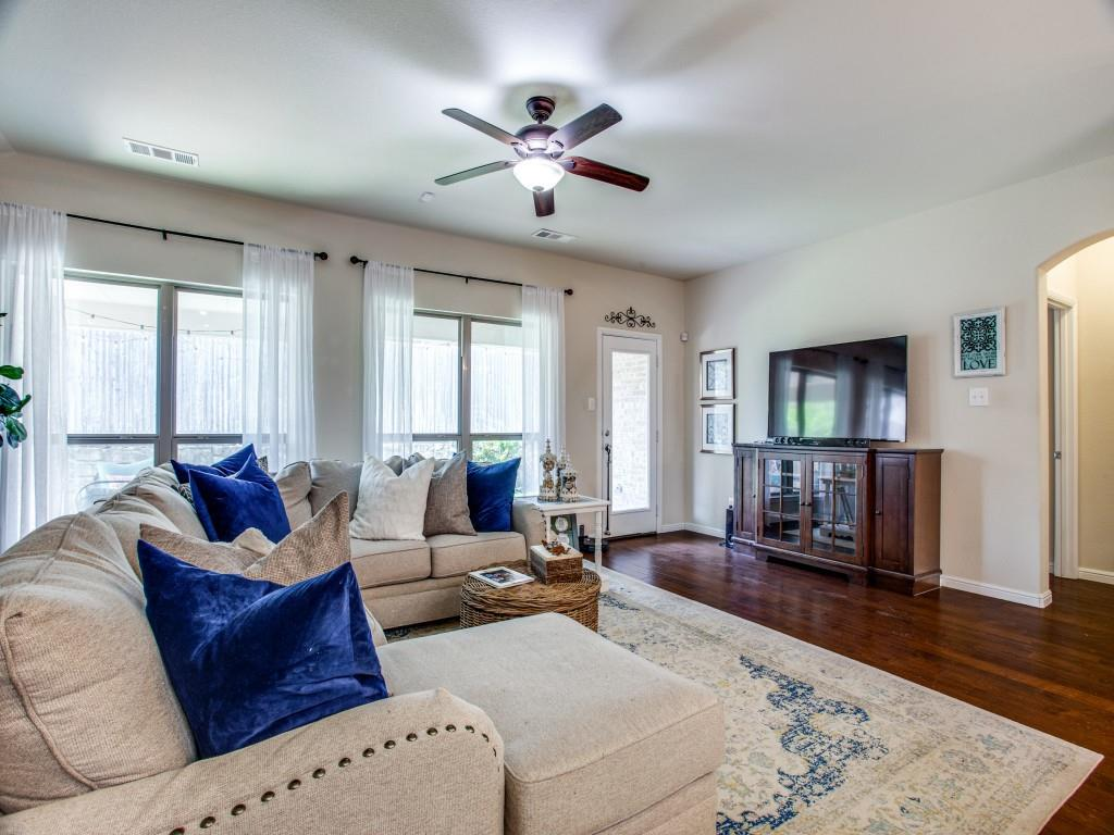 10413 Turning Leaf  Trail, Fort Worth, Texas 76131 - acquisto real estate best highland park realtor amy gasperini fast real estate service