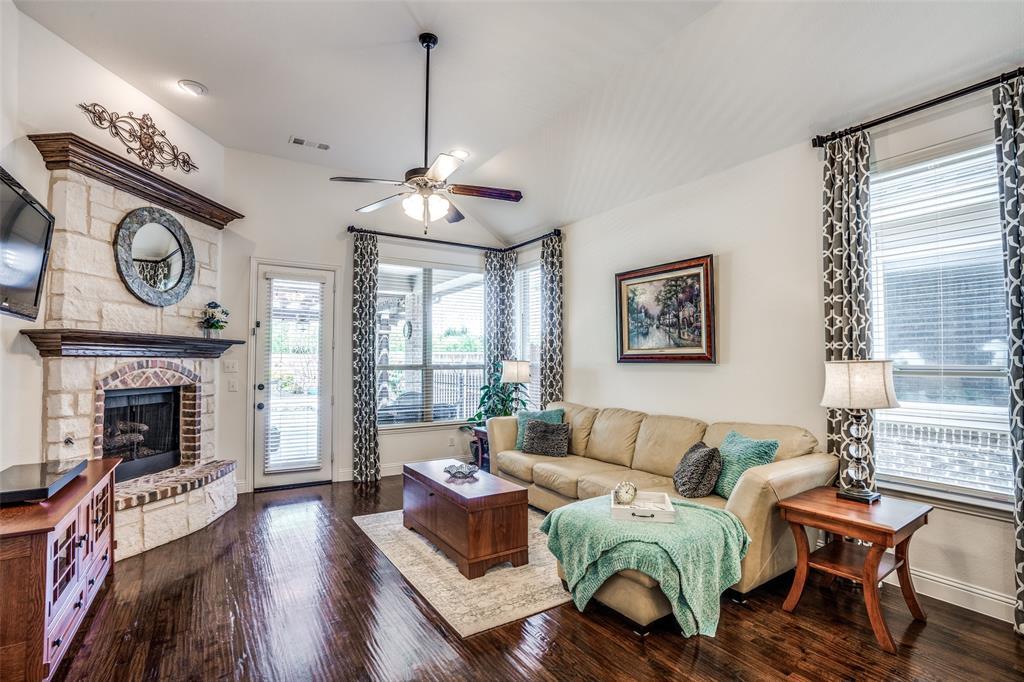 5404 Grove Cove  Drive, McKinney, Texas 75071 - acquisto real estate best celina realtor logan lawrence best dressed realtor