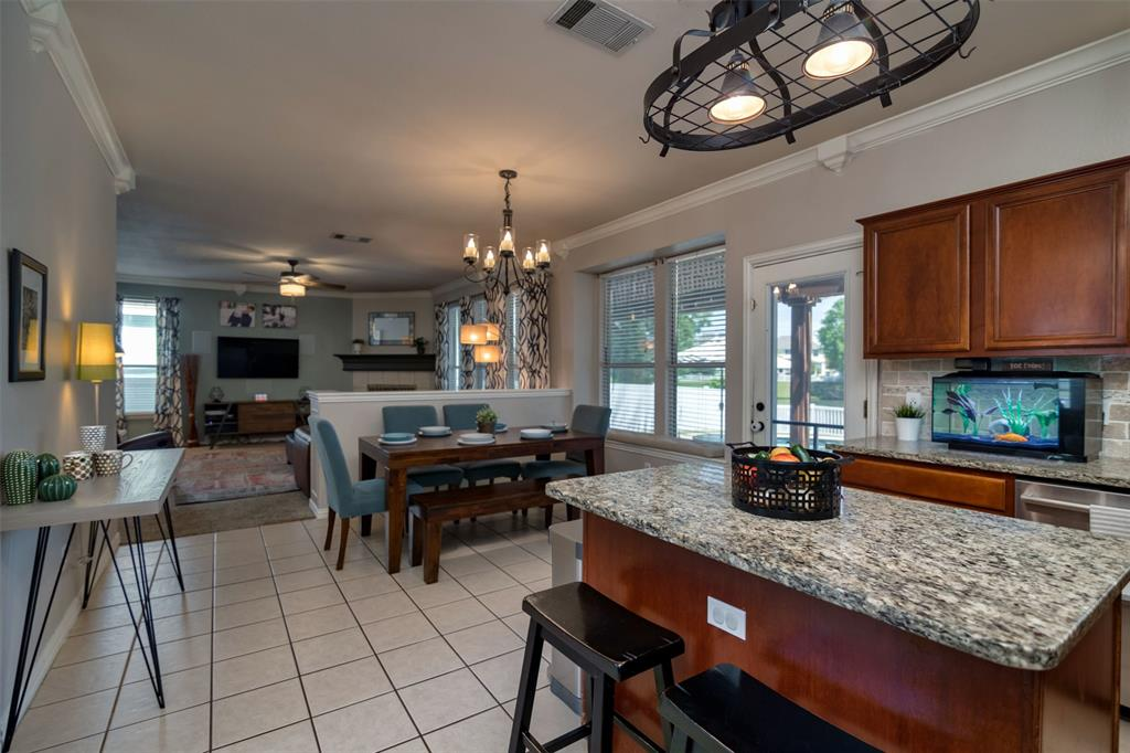 10237 Lakeview  Drive, Providence Village, Texas 76227 - acquisto real estate best new home sales realtor linda miller executor real estate