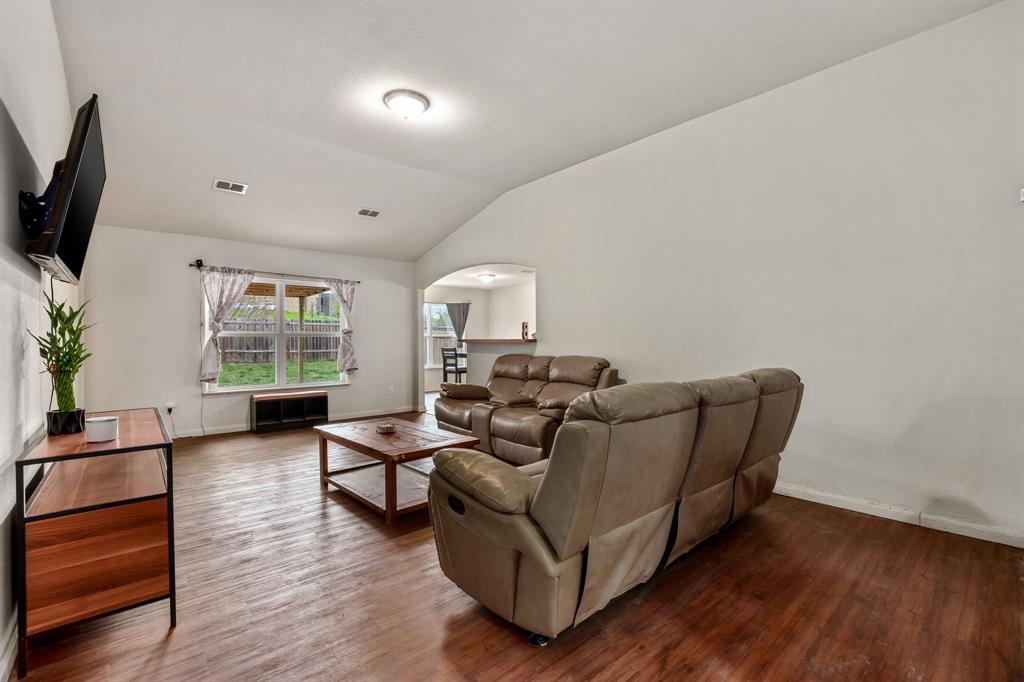 14261 Bridgeview  Lane, Dallas, Texas 75253 - acquisto real estate best prosper realtor susan cancemi windfarms realtor