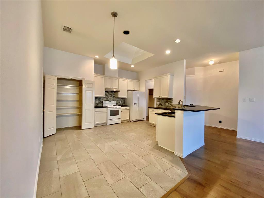 5721 Seneca  Drive, Plano, Texas 75094 - acquisto real estate best prosper realtor susan cancemi windfarms realtor
