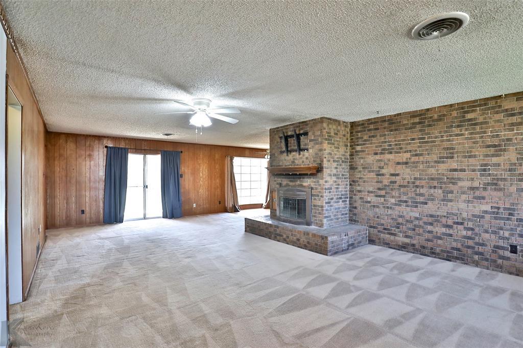 2909 21st  Street, Abilene, Texas 79605 - acquisto real estate best realtor dallas texas linda miller agent for cultural buyers