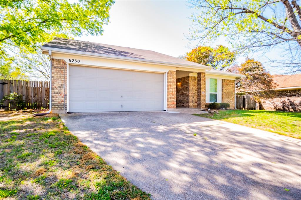 6230 Fernwood  Drive, Arlington, Texas 76001 - Acquisto Real Estate best mckinney realtor hannah ewing stonebridge ranch expert