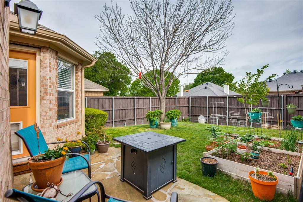 10020 Queens  Road, Frisco, Texas 75035 - acquisto real estate best realtor foreclosure real estate mike shepeherd walnut grove realtor