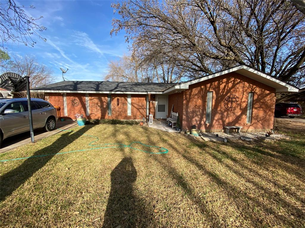238 Circle  Drive, Winters, Texas 79567 - Acquisto Real Estate best plano realtor mike Shepherd home owners association expert