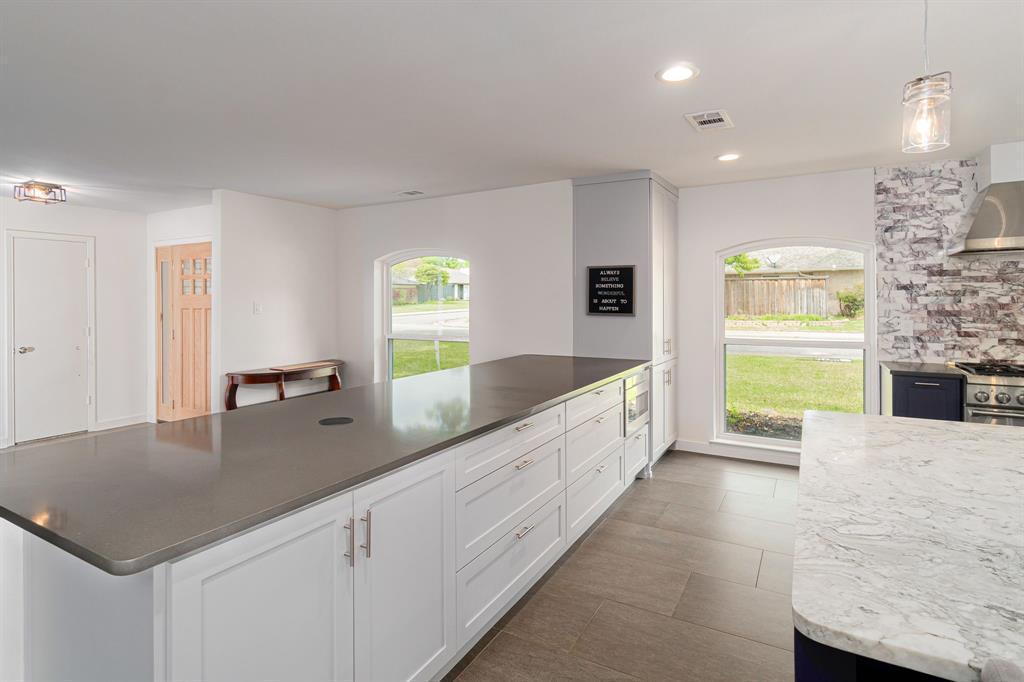 6802 Duffield  Drive, Dallas, Texas 75248 - acquisto real estate best real estate company to work for