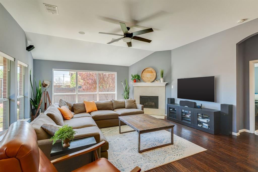 2860 Evening Mist Drive, Little Elm, Texas 75068 - acquisto real estate best real estate company to work for
