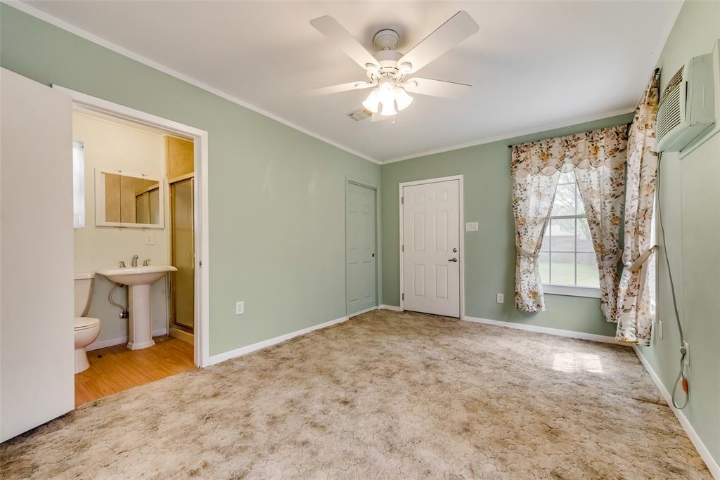 424 Hurstview Drive, Hurst, Texas 76053 - acquisto real estate best realtor dfw jody daley liberty high school realtor