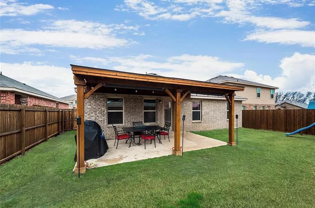 2303 Pontotoc  Drive, Forney, Texas 75126 - acquisto real estate best frisco real estate broker in texas for high net worth buyers