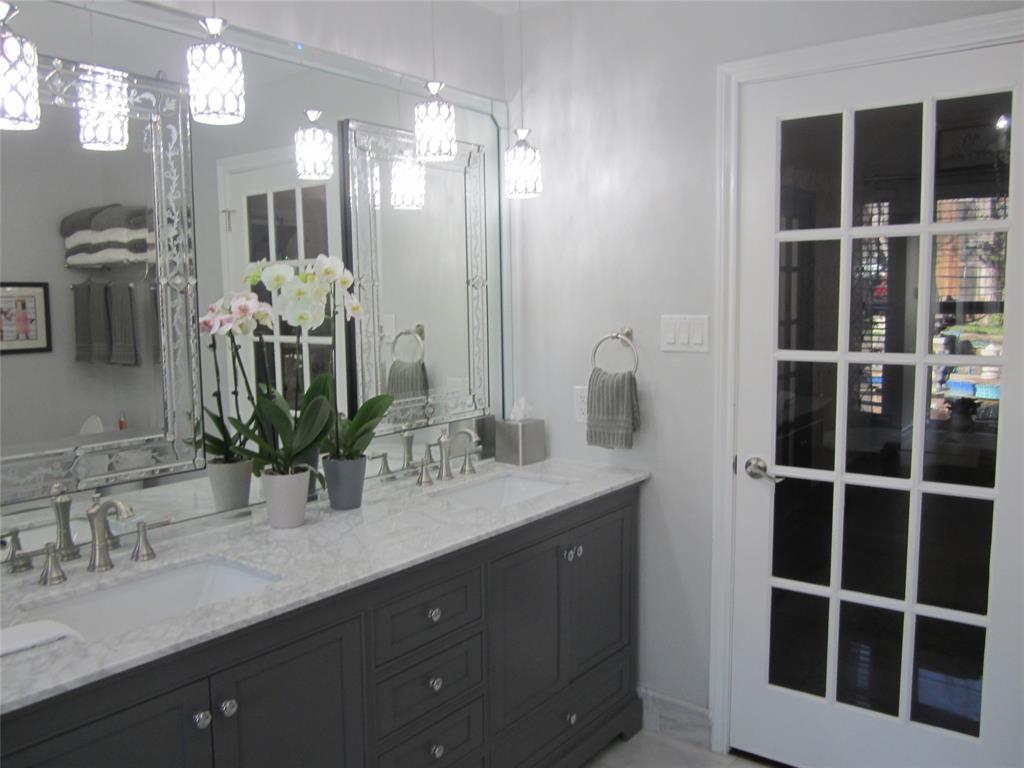 4904 Lake Side Circle, North Richland Hills, Texas 76180 - acquisto real estate best celina realtor logan lawrence best dressed realtor