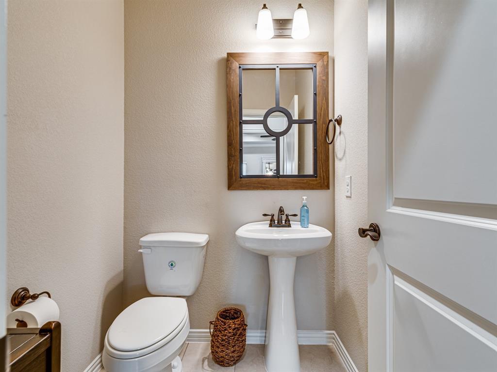 104 Piper  Parkway, Waxahachie, Texas 75165 - acquisto real estate best relocation company in america katy mcgillen