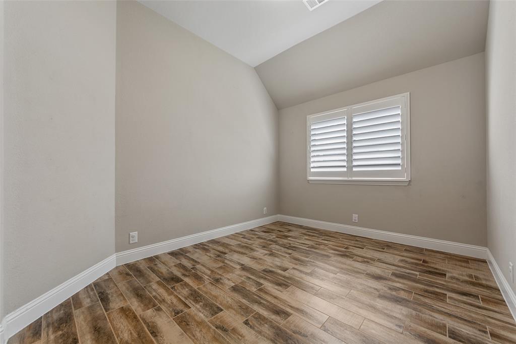 1999 Mercer  Lane, Princeton, Texas 75407 - acquisto real estate agent of the year mike shepherd