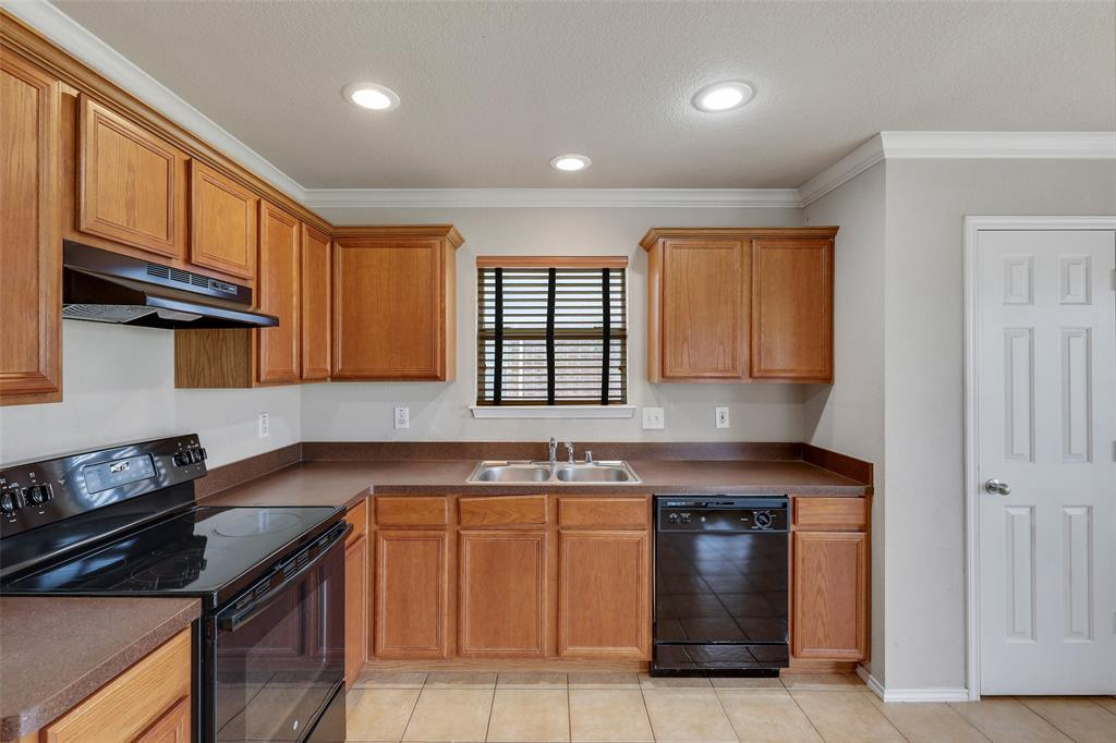 1805 Millbrook  Drive, Midlothian, Texas 76065 - acquisto real estate best real estate company to work for