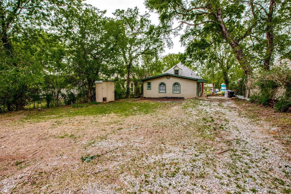 1322 Sears  Street, Denison, Texas 75020 - acquisto real estate best luxury buyers agent in texas shana acquisto inheritance realtor